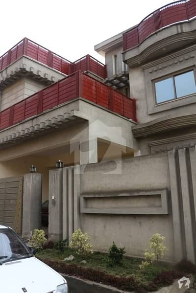 10 Marla Ideal And Beautiful Double Storey House For Sale At Warsak Road Executive Lounges