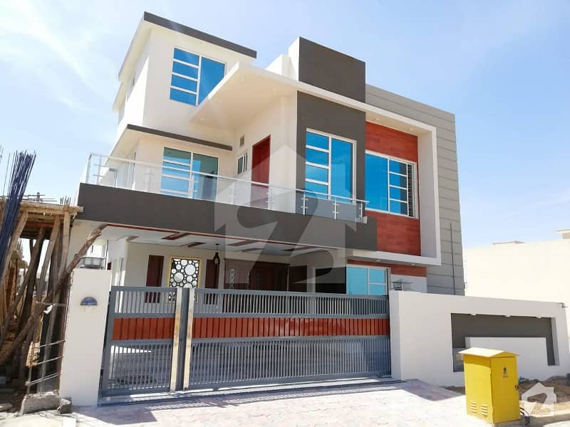 10 Marla Beautiful House Is Available For Sale In Bahria Town