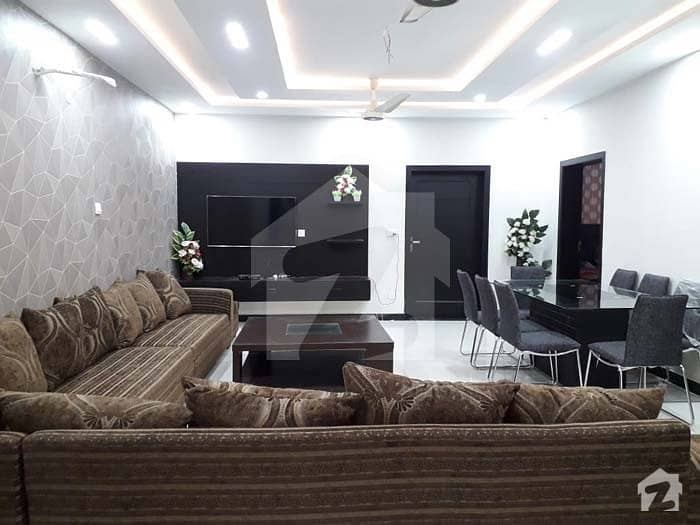 10 Marla Boulevard Basement House In Bahria Town Phase 8 F-1