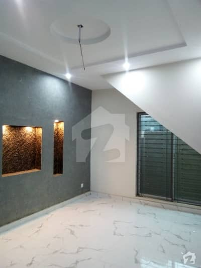 Architect Engineers 6 Marla Brand New 5 Beds Double Unit House For Sale