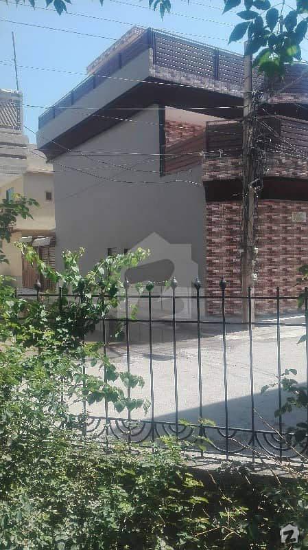 5 Marla Corner House In D4 Sector Phase 1hayatabad Town Peshawar  For Sale