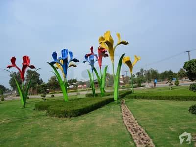 1 Kanal Corner Plot File  For Sale On Easy Installments In Ee Block Bahria Town Lahore