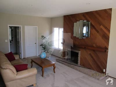 3 bedrooms house for rent in F8