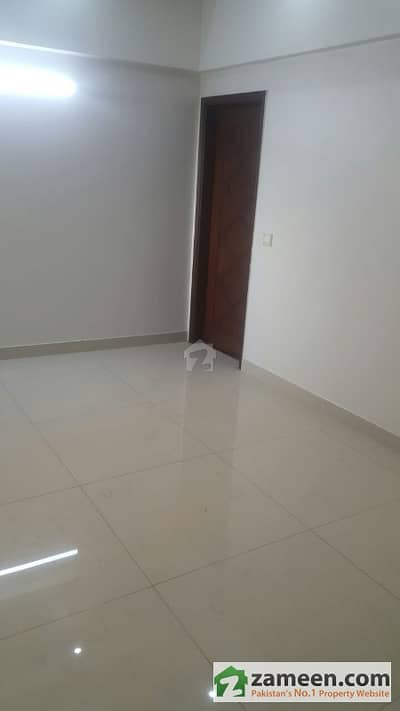 3 Beds Brand New Flat For Rent