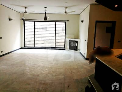 1 Kanal Slightly Used Modern Luxury Bungalow For Rent In Dha Phase 3