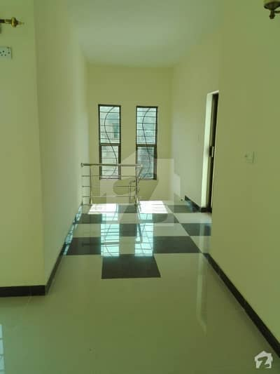 4 Bed Flat Is Available For Rent