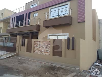 BRAND NEW, FACING  PARK, 5 BED ,2 KITCHEN, 2 TV LOUNGE DRAWING DINING TERRACE PORCH COMPLETE UNIT