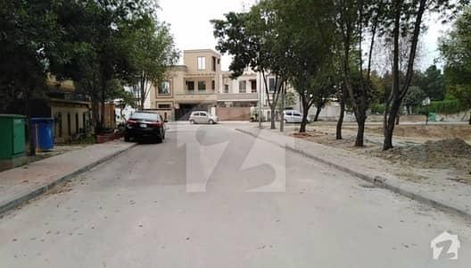 10 Marla Plot For Sale In Osb Block Near Park