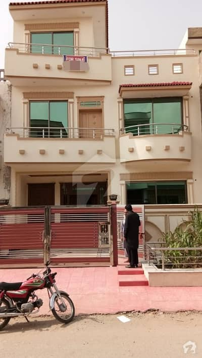 25x40 House Is Avaible For Sale At G-13
