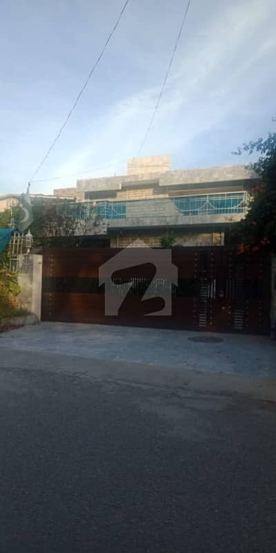House For Sale Measuring 533 Sq Yd