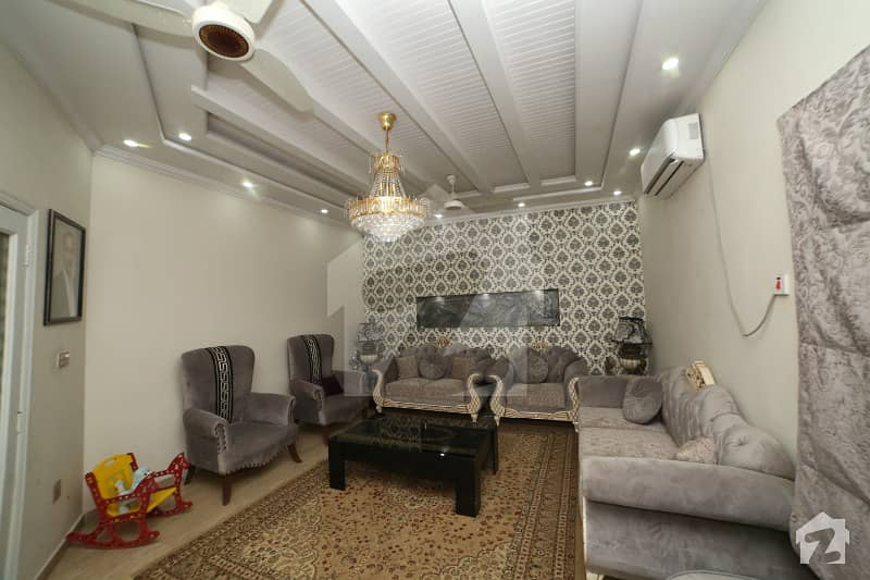 10 Marla Luxury Bungalow For Sale