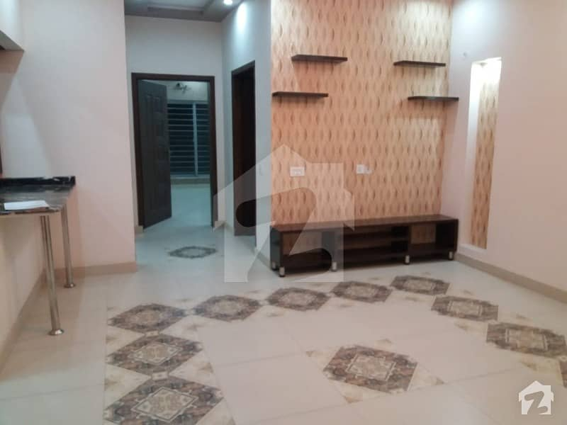 10 Marla Full House available for rent in Paragon City