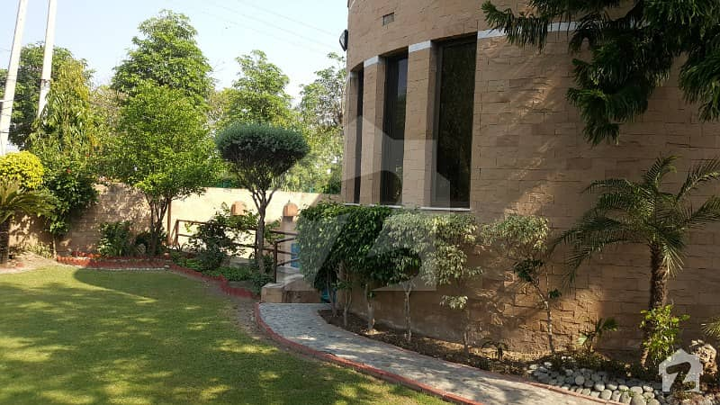 Falcon Enclave Main Lahore Cantt 32 Marla 800 Yards House For Sale