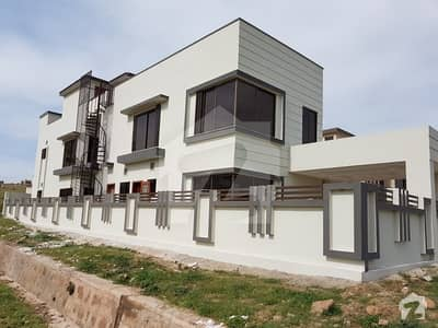 14 Marla New House In Sector C Bahria Town Phase 8