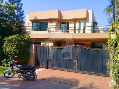 Syed Brothers offers 1 Kanal Beautiful Design Solid Constructed Bungalow For Rent