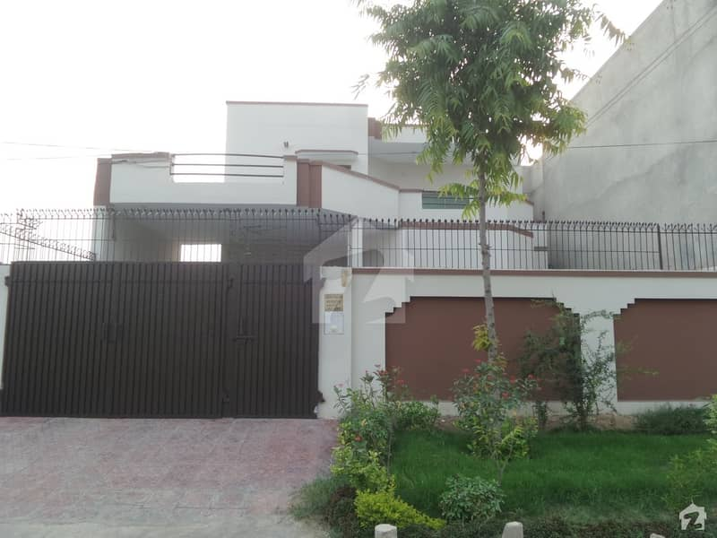 Double Story Beautiful Banglow For Sale at Jawad Avenue Okara