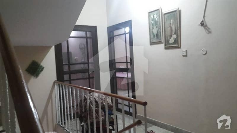 گلستانِِ جوہر ۔ بلاک 16 گلستانِ جوہر کراچی میں 4 کمروں کا 5 مرلہ مکان 1.9 کروڑ میں برائے فروخت۔