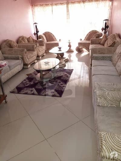 گلشنِ اقبال - بلاک 13 اے گلشنِ اقبال گلشنِ اقبال ٹاؤن کراچی میں 3 کمروں کا 7 مرلہ فلیٹ 1.4 کروڑ میں برائے فروخت۔