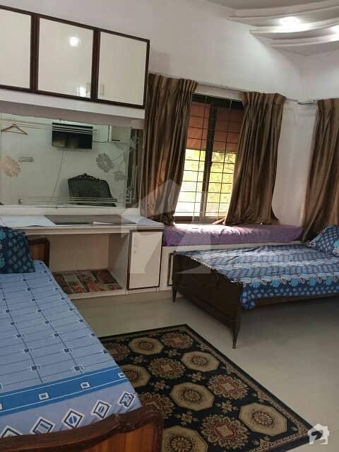 گلبرگ 2 - بلاک ایل گلبرگ 2 گلبرگ لاہور میں 1 کمرے کا 2 مرلہ کمرہ 25 ہزار میں کرایہ پر دستیاب ہے۔
