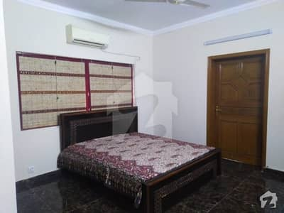 Fully Furnished Bedroom For Rent In Phase 3 Dha Lahore