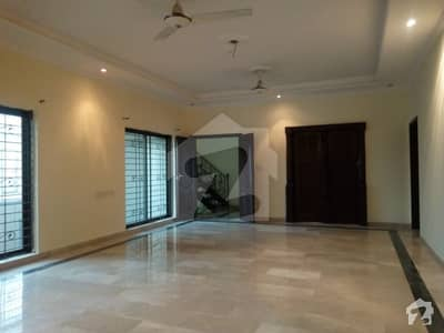 Corner 1 Kanal Used House Is Available For Sale In Nfc  Block C