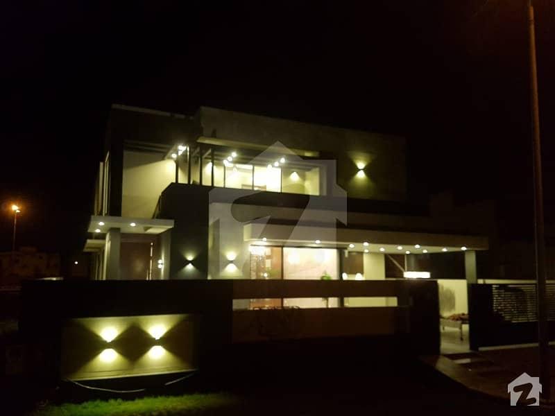 ڈی ایچ اے فیز 6 - بلاک ڈی فیز 6 ڈیفنس (ڈی ایچ اے) لاہور میں 5 کمروں کا 1 کنال مکان 4.9 کروڑ میں برائے فروخت۔
