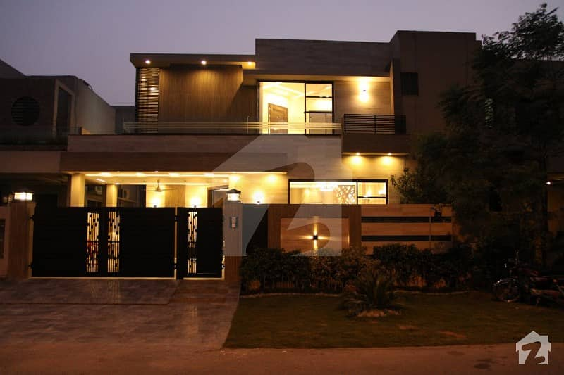 Syed Brothers offer 10 Marla with fully Basement Beautiful and Luxury House For Rent