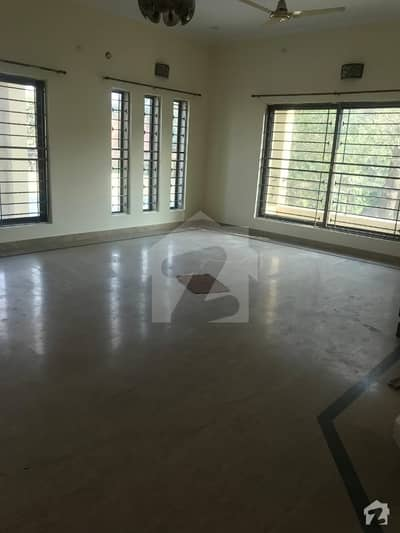 15 MARLA UPPER PORTION IS AVAILABLE FOR RENT IN PCSIR SOCIETY