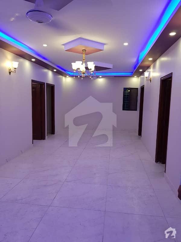 راحت کمرشل ایریا ڈی ایچ اے فیز 6 ڈی ایچ اے کراچی میں 3 کمروں کا 9 مرلہ فلیٹ 2. 05 کروڑ میں برائے فروخت۔