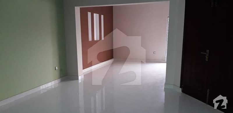 لیک سٹی لاہور میں 2 کمروں کا 7 مرلہ زیریں پورشن 30 ہزار میں کرایہ پر دستیاب ہے۔