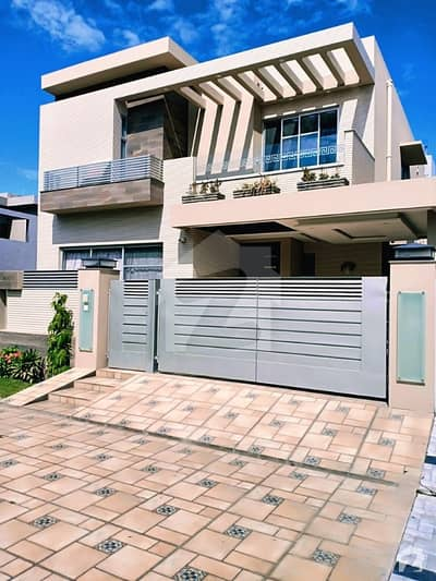 Syed Brothers Offer 10 Marla Brand New Straight line Luxury Bungalow for Rent