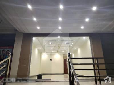 پی ڈبلیو ڈی روڈ اسلام آباد میں 1 کمرے کا 1 مرلہ دکان 55 لاکھ میں برائے فروخت۔