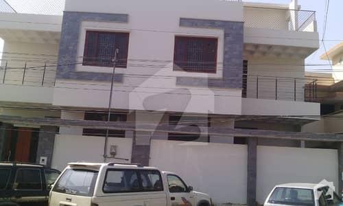1000 Yard Commercial Bungalow At Main Shahrah E Faisal Facing  Near Lal Qilla On Rent