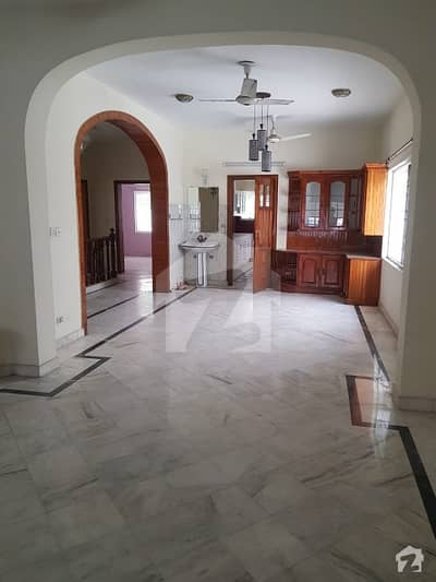 1 Kanal Lower Portion For Rent - Phase 4