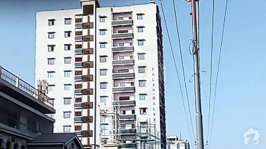 3 Bed DD 1st Floor Flat Available For Sale Main ShahrePakistan