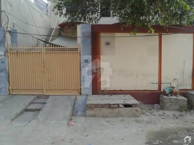 Beautiful House's Upper Portion Is Available For Rent At Khan Colony Okara