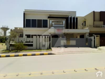1 Kanal Brand New Luxury House In Bahria Town Phase 7 Single Units 5 Bedroom With Stylish Bathroom