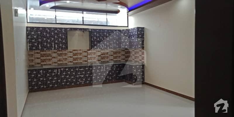گلستانِِ جوہر ۔ بلاک 12 گلستانِ جوہر کراچی میں 6 کمروں کا 10 مرلہ مکان 3.8 کروڑ میں برائے فروخت۔