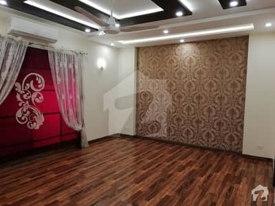 1kanal  Brand New Availoble Prime Locat House For Rent dha Phase6