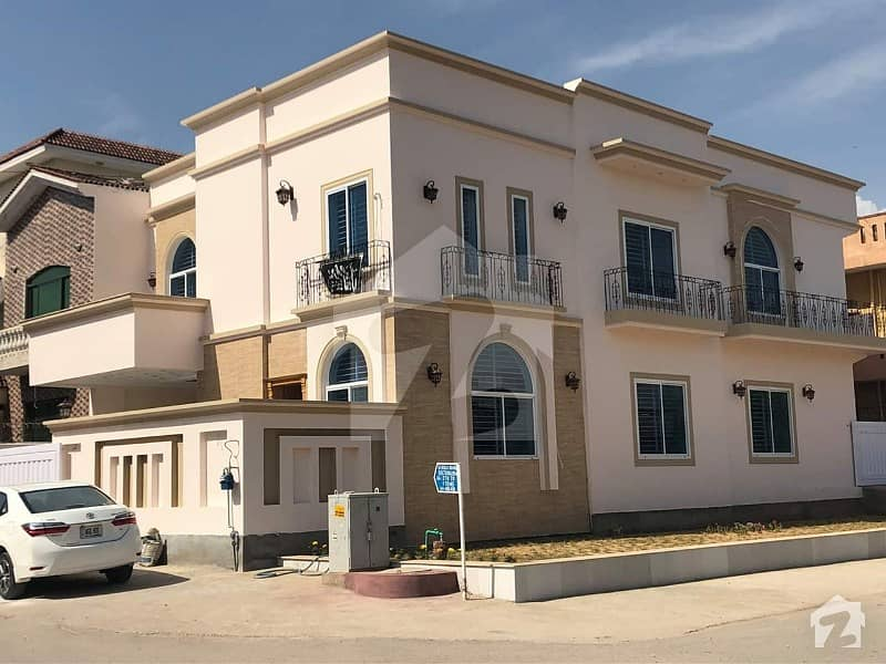 G-13 Brand New House Vip 10 Marla Proper Corner Extra Land 5 Bedroom 2 Drawing Room For Sale
