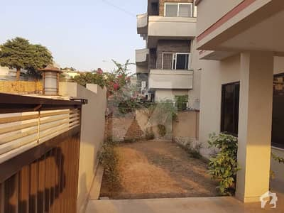 Beautiful 1 Kanal 6 Bedroom House Available For Rent In Phase 3