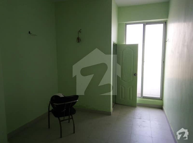 جوہر ٹاؤن فیز 2 - بلاک ایچ3 جوہر ٹاؤن فیز 2 جوہر ٹاؤن لاہور میں 1 کمرے کا 2 مرلہ فلیٹ 32.5 لاکھ میں برائے فروخت۔