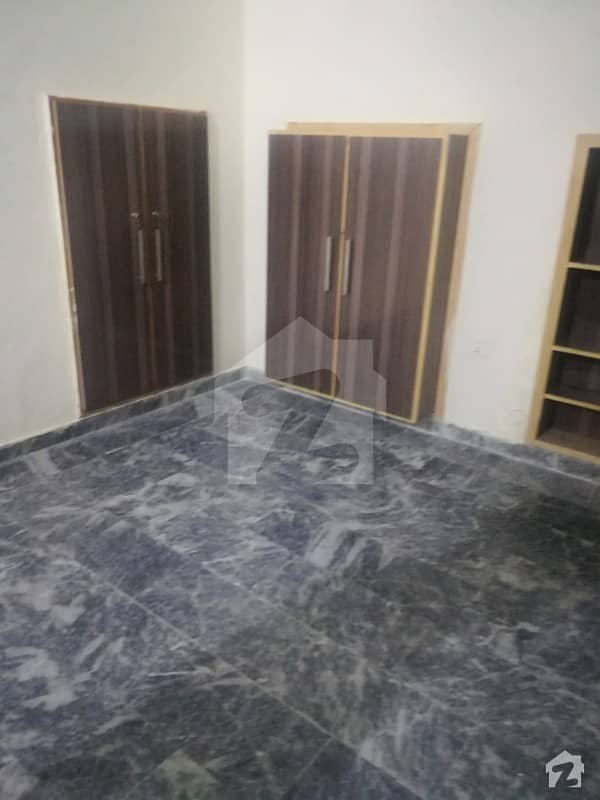 fully sprat Ground portion for rent, in gulberg ll near by main market,