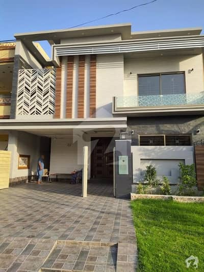 1 Kanal Upper Portion 3 Bed Brand New Type Available For Rent