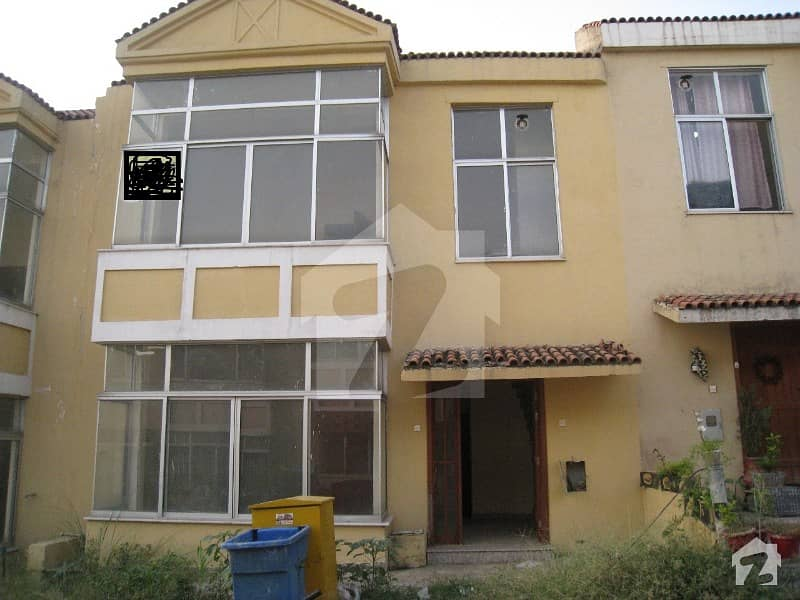 Rafi Block 3 Bed Villa Is Available For Sale