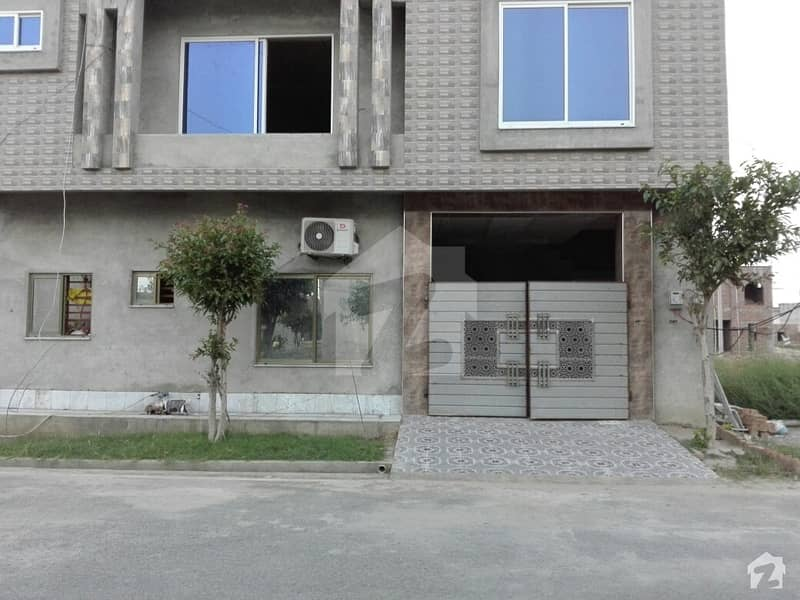 Brand New House Available For Sale Near To Park And Market,