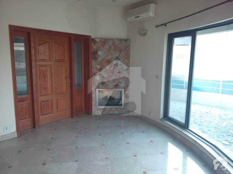 1 Kanal Upper Portion For Rent In Main Cantt
