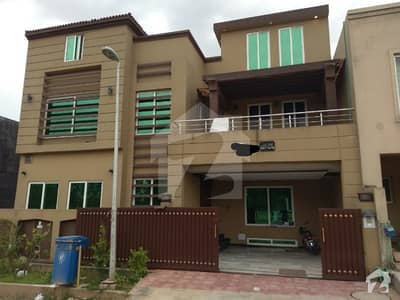 Ali block 10 Marla Brand New Parkface House For sale at Ideal Location