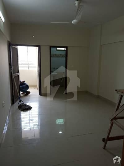 2200 SQ FIT 1ST FLOOR APARTMENT  4 BED DD AT SHARFABAD