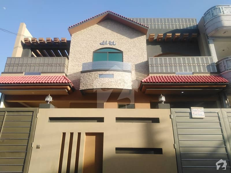 Good Location House Is Up For Sale In Hayatabad Phase 7 - E5